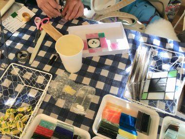 チョークアートとステンドグラスのイベント@ささやカフェ ビションフリーゼ おもち  312413B2-5D05-44DB-A161-12874152657F-380x285